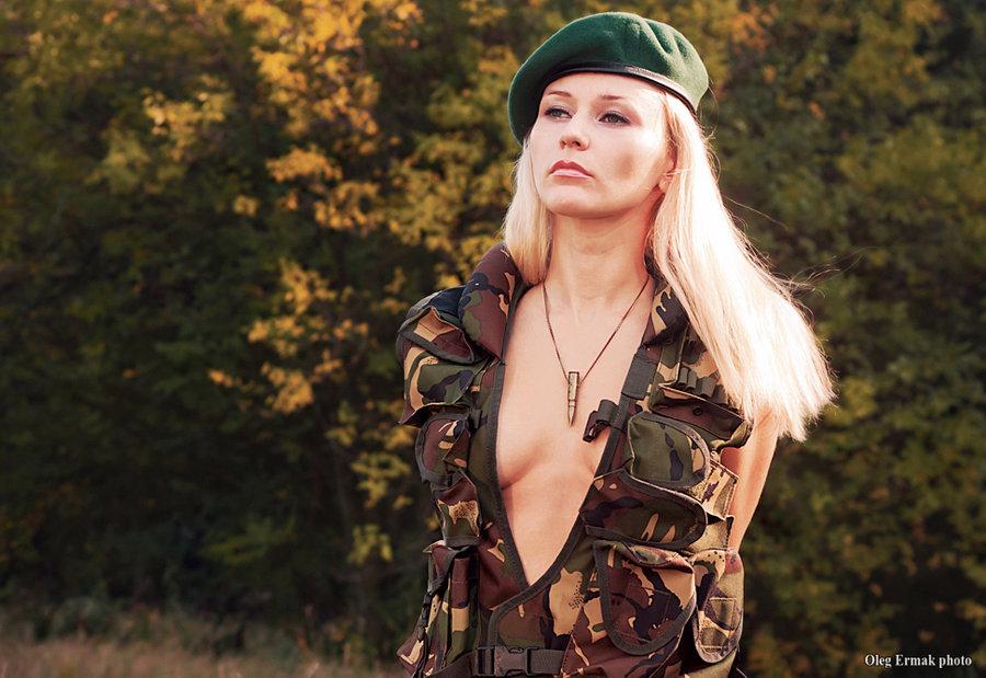 devushka-na-medkomissii-foto