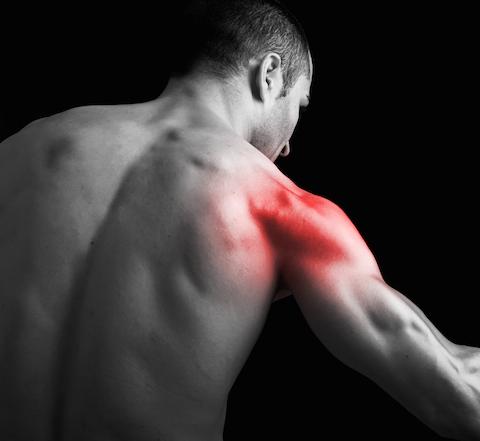 После тренажерного зала болит плечо